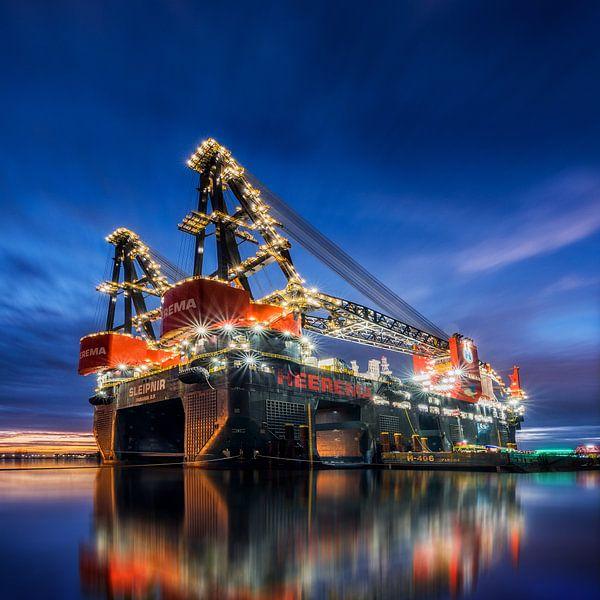 Sleipnir - grootste kraanschip ter wereld van Keesnan Dogger Fotografie