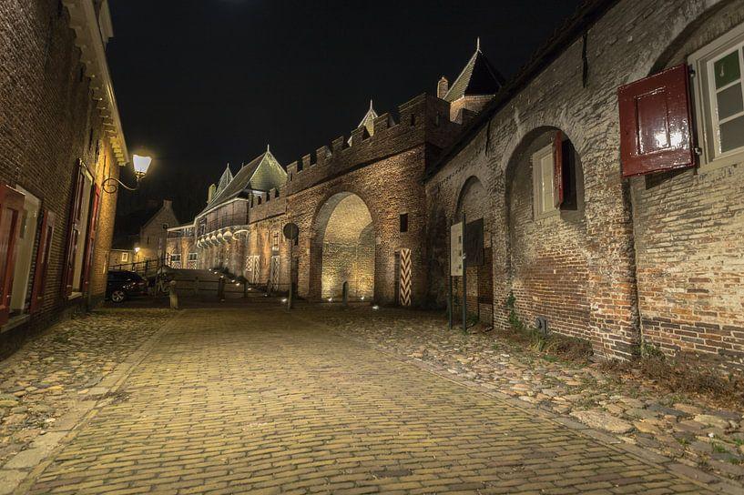 Amersfoort Koppelpoort bij nacht van Gertjan Hesselink