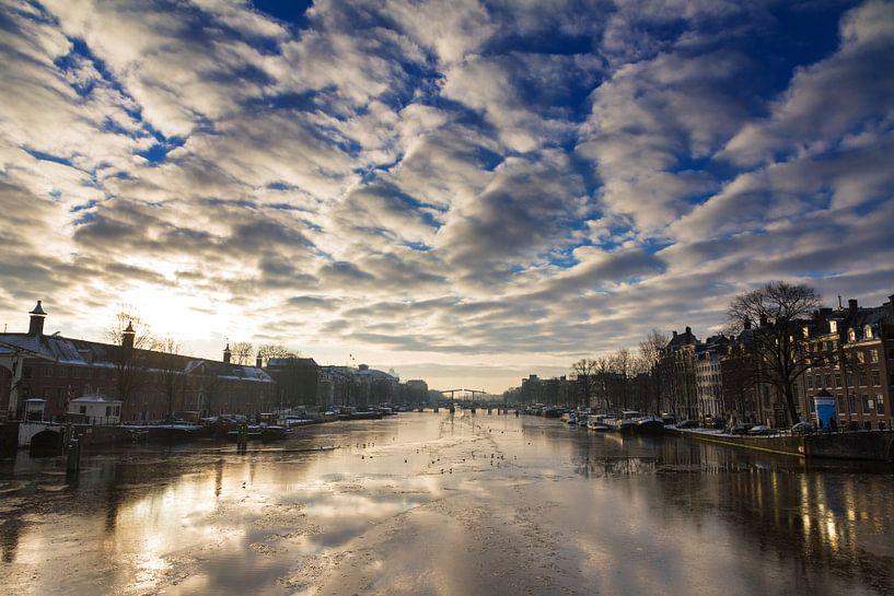 Amstel ijs reflectie van Dennis van de Water