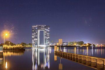 Tasmantoren bij nacht 2 sur Iconisch Groningen