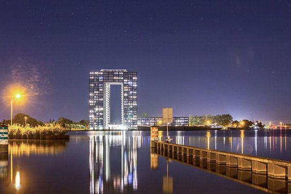 Tasmantoren bij nacht 2 van Iconisch Groningen