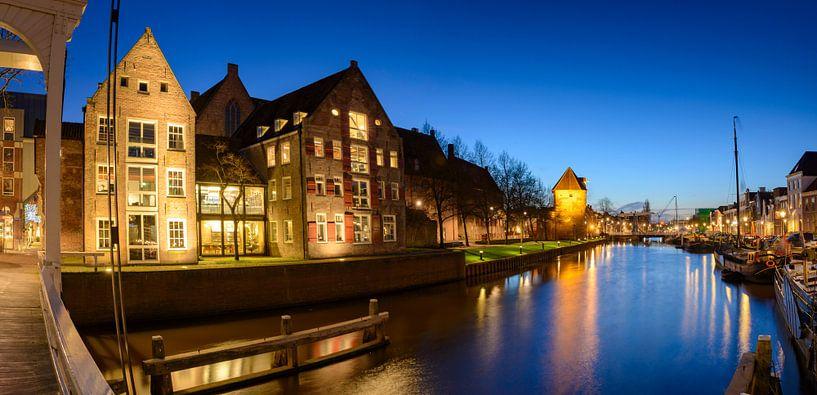 Thorbeckegracht in Zwolle in de avond van Sjoerd van der Wal
