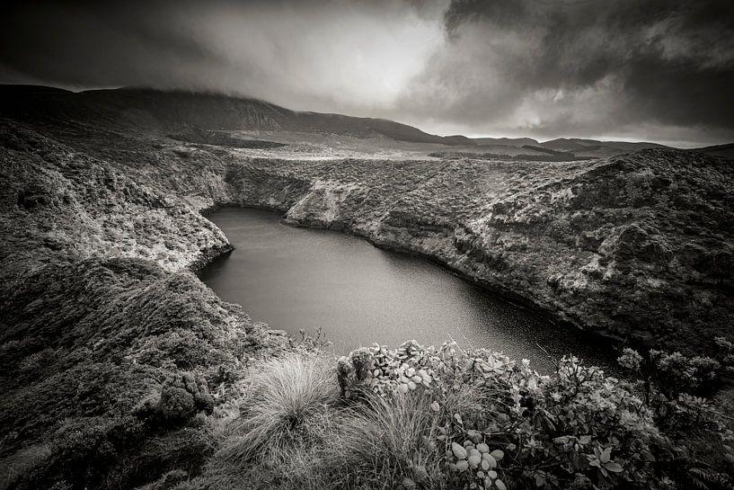 Landschap op Flores, Azoren van Marcel Bakker