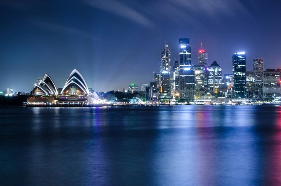 Sydney Opera House and Skyline van Ricardo Bouman | Fotografie