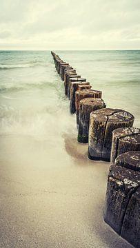 golfbreker en zee van