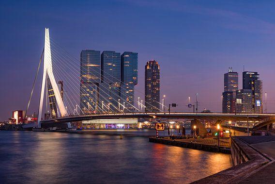 Skyline van Rotterdam , Erasmusbrug. van Lorena Cirstea
