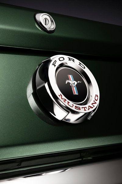 Ford Mustang Fastback 1965 embleem van Thomas Boudewijn