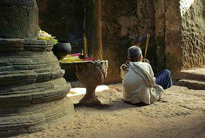 Meditatie in Preah Khan tempel, Angkor Wat, Cambodja