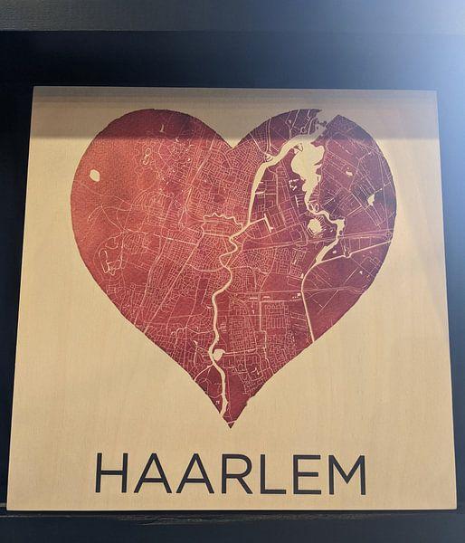 Photo de nos clients: Amour pour Haarlem | Plan de la ville dans un cœur sur Wereldkaarten.Shop, sur bois