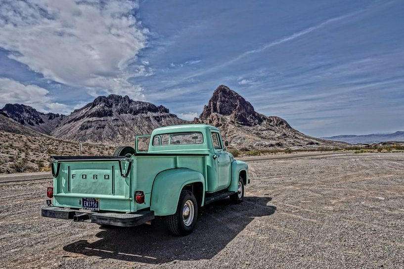 Route 66 Ford F150 van Tineke Visscher