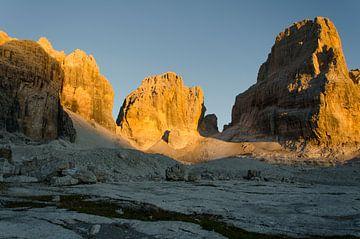 Zonsondergang op Brenta's rotspieken van Sean Vos