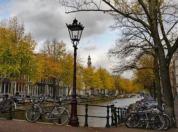 Amsterdam in de herfst van Odette Kleeblatt