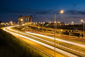 Hoogvliet: De Botlekbrug opgelicht!  van