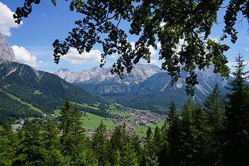 Blick auf Ehrwald, Tirol (Österreich) von Kelly Alblas