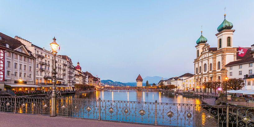 Cityscape of Lucerne in Switzerland van Werner Dieterich