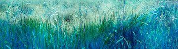 Blauw gras van Corinne Welp