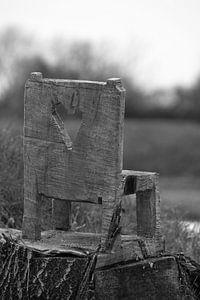 Eenzaam stoeltje van