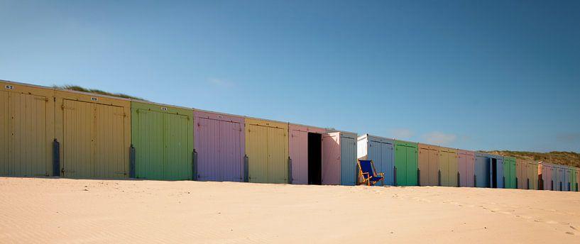Strandhuisjes Oostkapelle van Ans Janssen