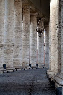 St. Pietersplein in Vaticaanstad, Rome, Italië van Geert Groot