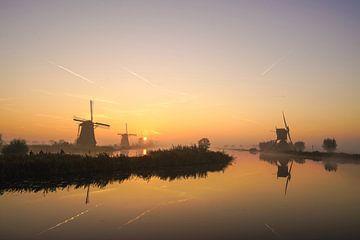 Een prachtige morgen bij Kinderdijk en zijn molens van Dirk van Egmond
