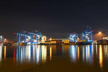 Haven van Rotterdam van Renzo van den Akker