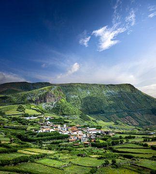 Groen en blauw op de Azoren van Jeroen Mikkers