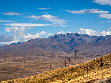 Neuseeland - Tekapo - Elektrizitätsmasten auf dem Tekapo-Plateau von Rik Pijnenburg