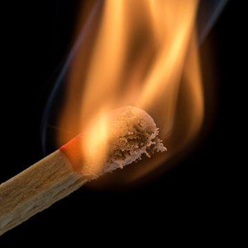 Streichholz brennt von Tilo Grellmann | Photography