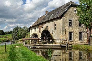 Watermolen van Wijlré. van Leo Langen