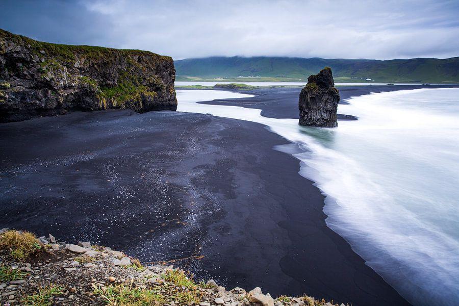 IJsland van Yvette Baur