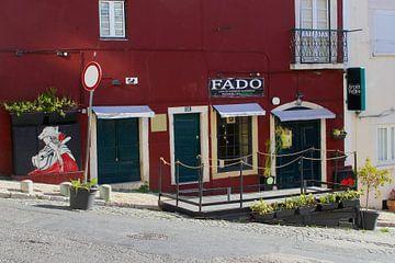 FADO muziek bar, Alfama, Lissabon van Inge Hogenbijl