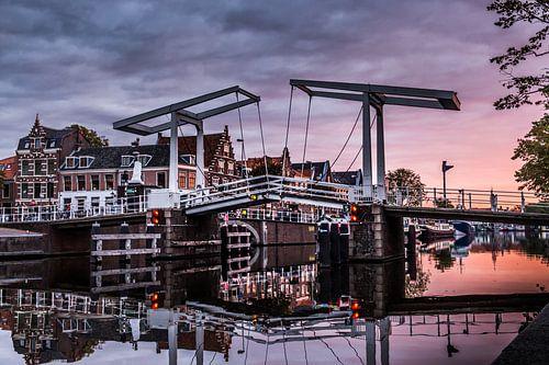 De Gravestenenbrug in Haarlem sur