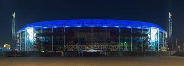 De Kuip panorama met blauw dak van
