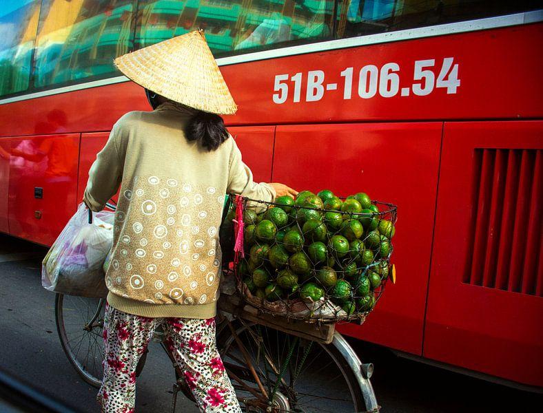 Vietnamese verkoopster van Godelieve Luijk