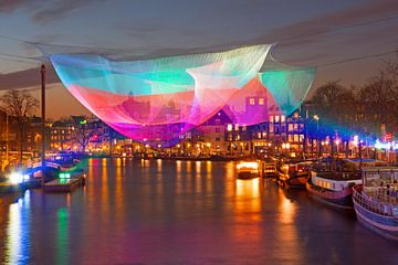 Licht festival in Amsterdam Nederland bij zonsondergang van