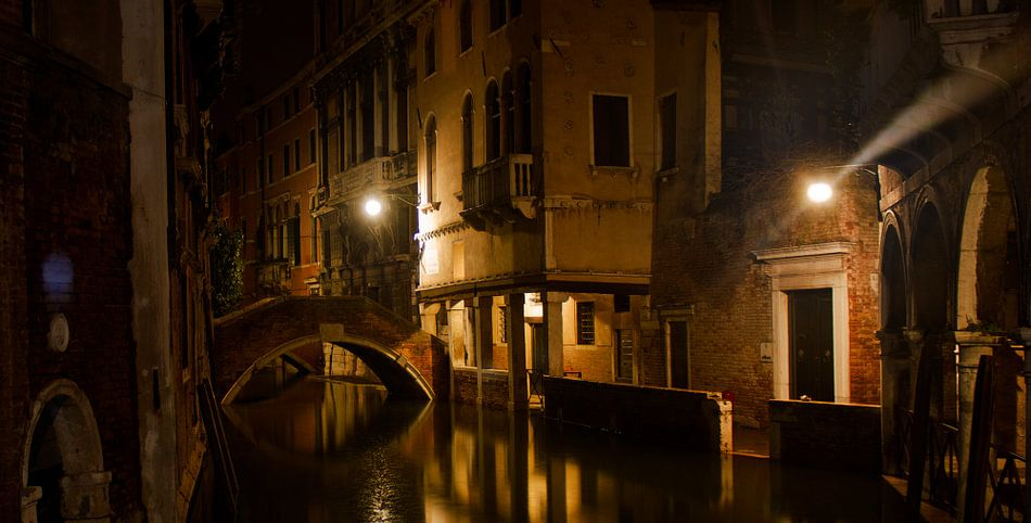 Venice Bridge van BL Photography