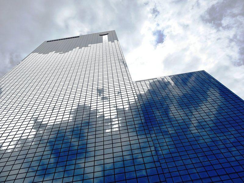 Rotterdam: Gebouw Delftse Poort - cloudy business van MoArt (Maurice Heuts)