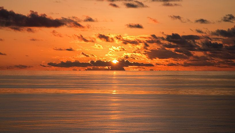 Indian Ocean Sunset van Alex Hiemstra
