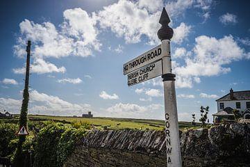 Wegwijzer in Cornwall (Engeland) van Marleen Kuijpers