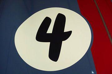 Racing No.4 van Theodor Decker