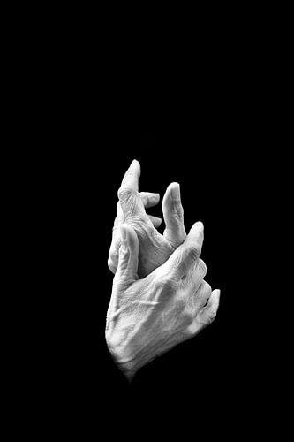 Handen abstract in zwart wit van