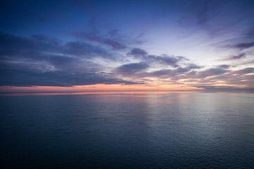 Zonsondergang op zee sur Christiaan Onrust
