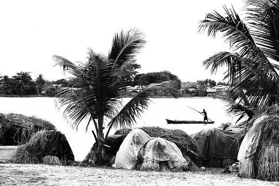 Kano op de rivier van Cora Unk