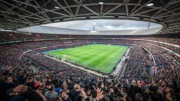 Kolkende Kuip tijdens Feyenoord-Ajax van Jeroen van Dam