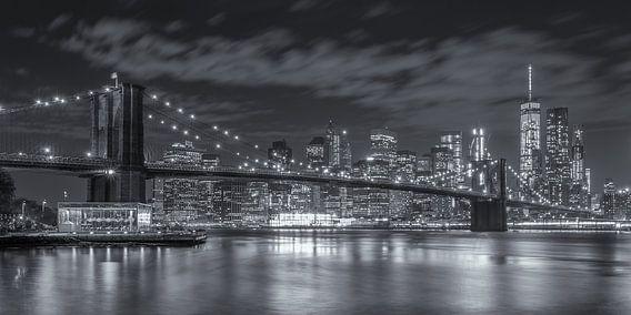 New York Skyline - Brooklyn Bridge 2016 (12) van Tux Photography