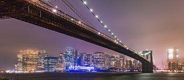 Regenachtige avond in New York van Remco Piet