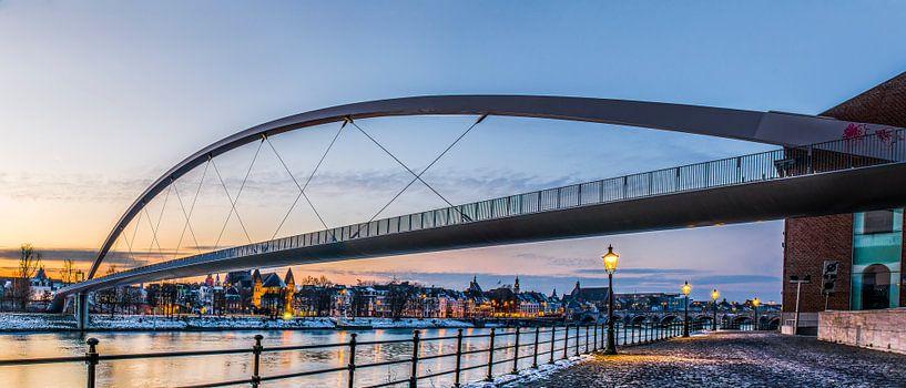 Panorama van de Hoge brug in Maastricht van Photography by Karim