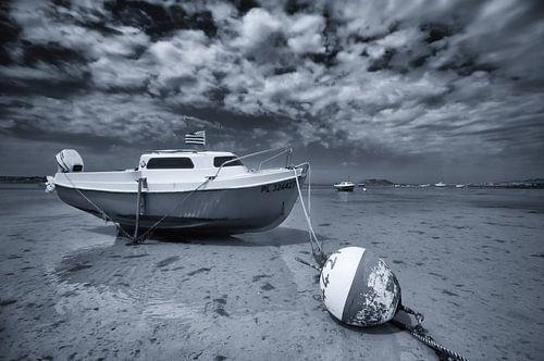 Drooggevallen bootje bij extreem eb
