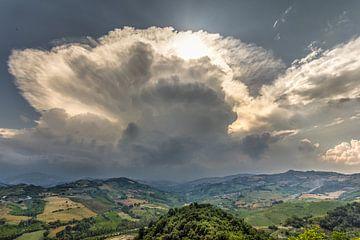 Montefino wolken van