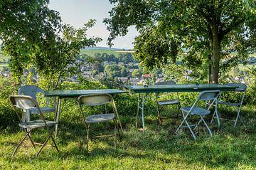 Terrasse mit Blick auf Eys in Süd-Limburg von John Kreukniet